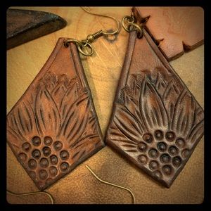 Jewelry - Hand tooled leather earrings